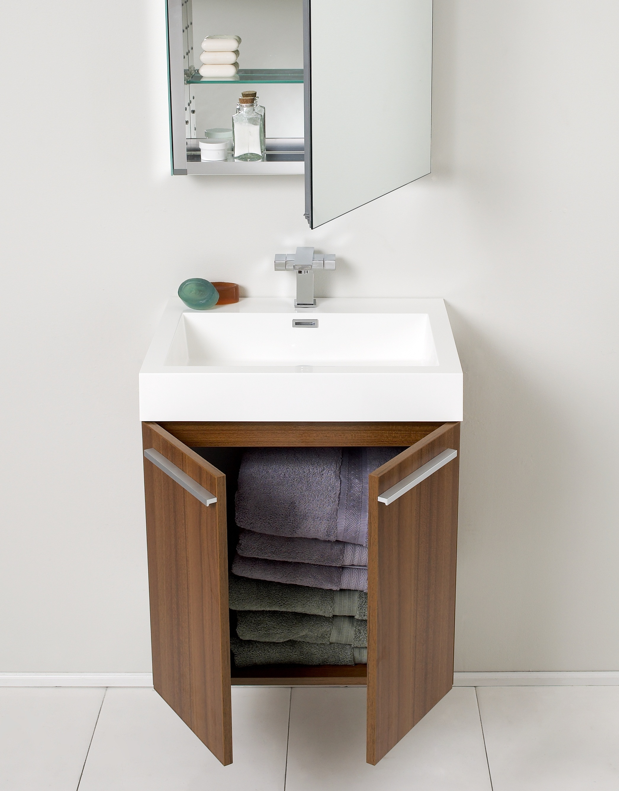 Bathroom vanities buy bathroom vanity furniture - Bathroom cabinets sinks and vanities ...